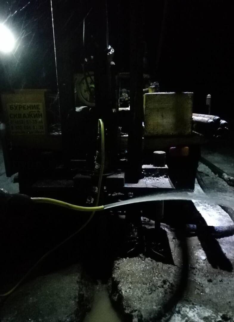 Бурение скважины в деревне Жманка, работы проводила БК-АкваЛайф 06