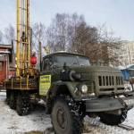 БК-АкваЛайф, техника в процессе бурения скважины на воду, город Кострома